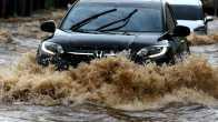 Foto  Bagian Yang Perlu Dicek Setelah Menerobos Genangan Banjir