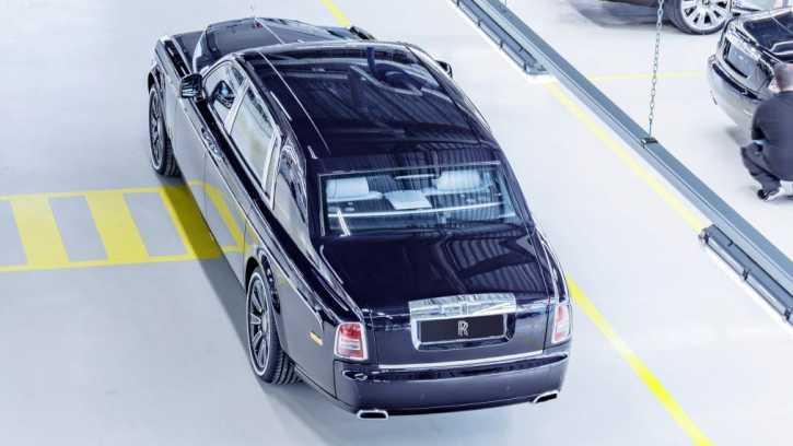 rolls royce phantom interior. Rolls-Royce : Phantom VII Final Edition, Tampilkan Perbedaan Pada Interior Rolls Royce