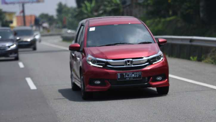 Mencicip Aura Baru New Honda Mobilio 2019 Car Review Indonesia