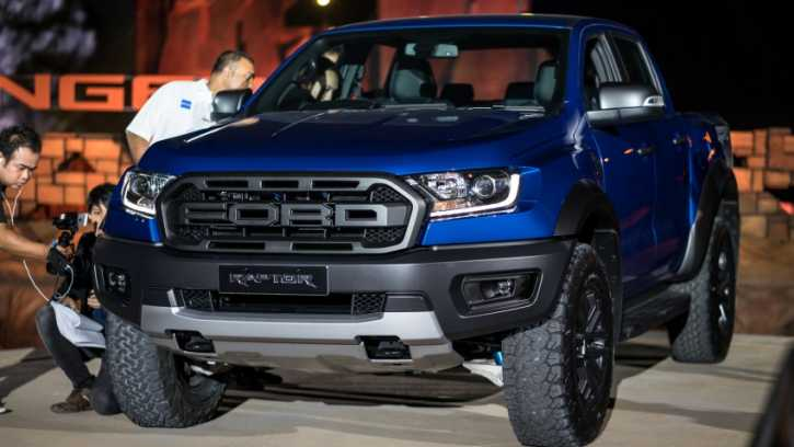 Ford Ranger Raptor Resmi Diperkenalkan Ini Bedanya Dengan