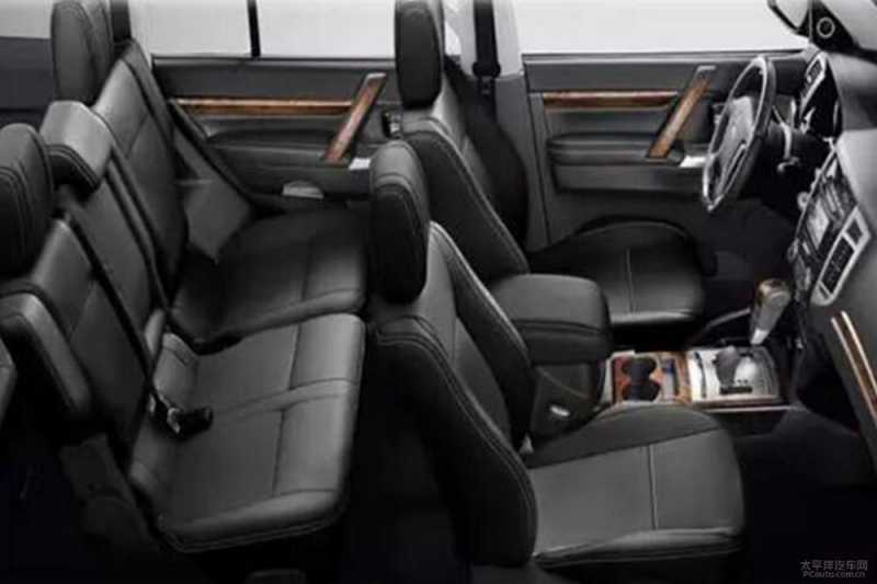 Mitsubishi Pajero 2018 Model >> Mitsubishi : Inilah Perbedaan Pajero 2018 Facelift Dengan Model Terdahulu | Car Review Indonesia